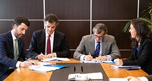 Firma del acuerdo para renovar la flota
