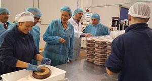 Marta Gastón visita Panadería Menal